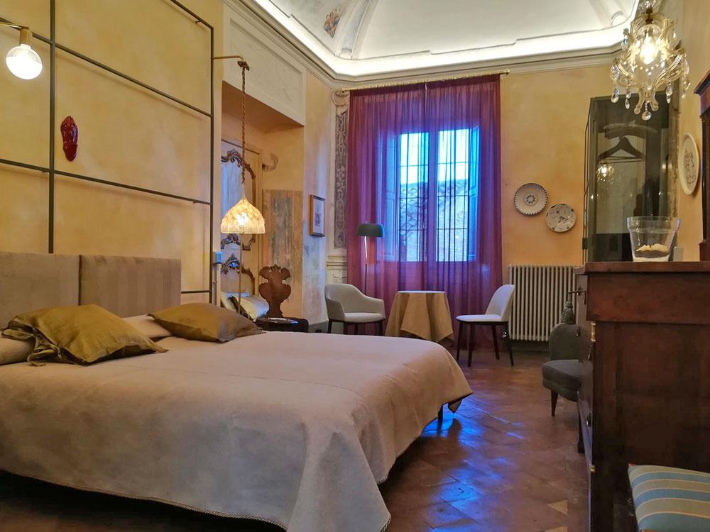 Boutique Apartment Urbino Elegante Ambiente Settecentesco